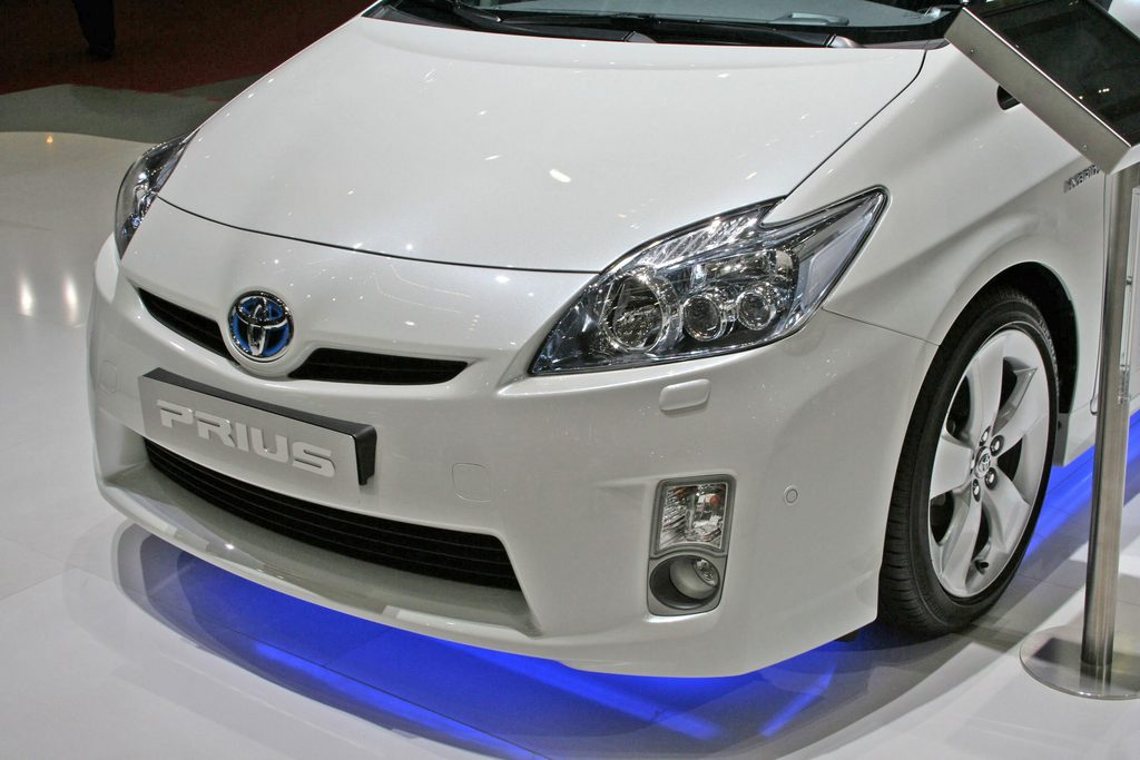 TOYOTA PRIUS (III) 136h 1.8 98ch berline 2009