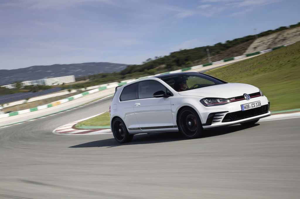 VOLKSWAGEN GOLF (VII) GTI Clubsport coupé 2016