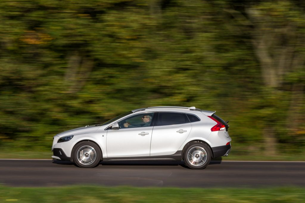 VOLVO V40 CROSS COUNTRY D4 SUV 2014