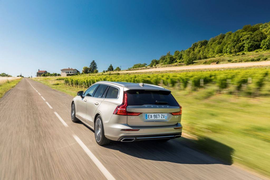 VOLVO V60 (II) D4 break 2018