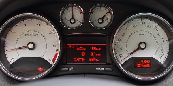 Essai : PEUGEOT 308 CC Peugeot-308-cc-1-6-thp-200ch-66770