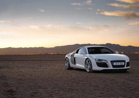 galerie photo AUDI (I) V8 4.2 FSI Quattro R-tronic 420ch