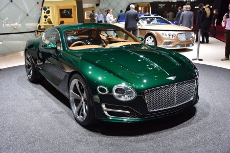 Photo BENTLEY EXP 10