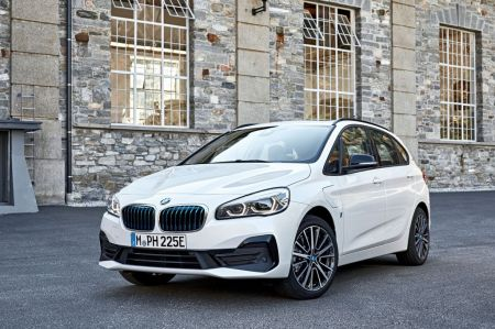 galerie photo BMW (F45 Active Tourer) 225xe 224 ch