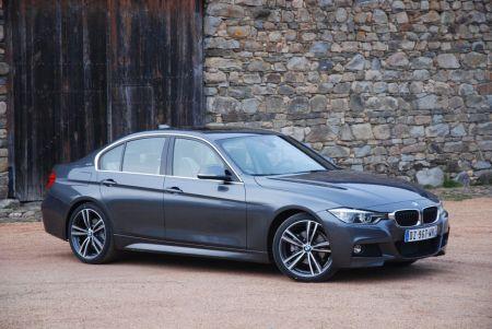 galerie photo BMW (F30 Berline) 330e 252 ch