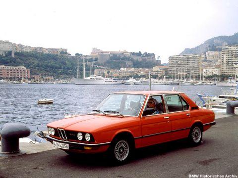 galerie photo BMW (E12) 520i 130ch
