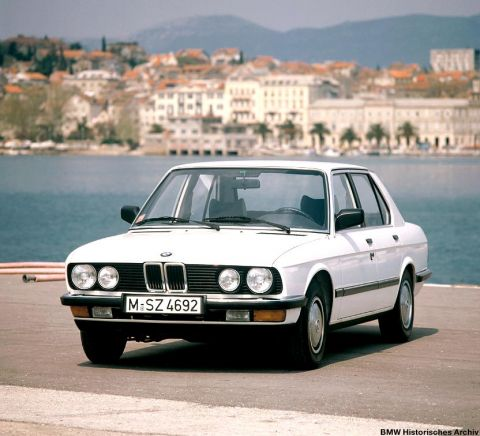 galerie photo BMW (E28) 520i 125ch
