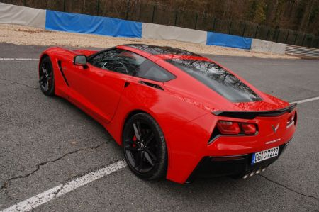 essai chevrolet corvette c7 stingray 2014. Black Bedroom Furniture Sets. Home Design Ideas