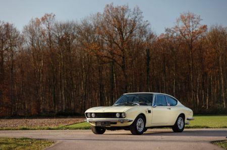 galerie photo FIAT 2400 Coupé