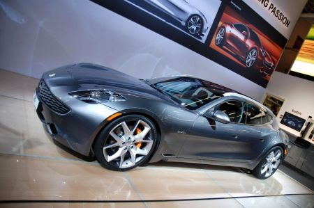 Photo FISKER SURF