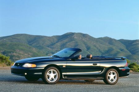 galerie photo FORD MUSTANG IV (1994-04)