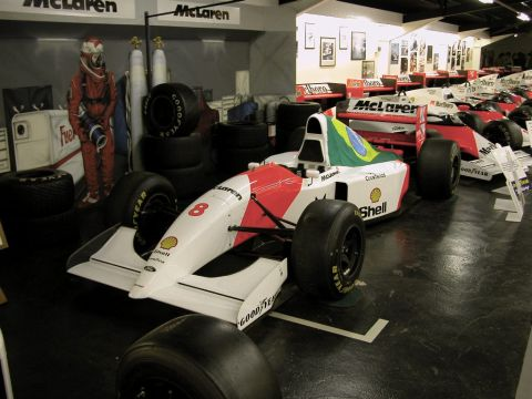 galerie photo MCLAREN MP 4/8