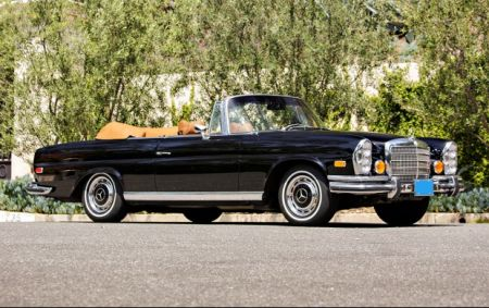 galerie photo MERCEDES (W111) SE cabriolet 3.5L Fintail