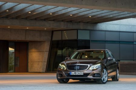 galerie photo MERCEDES (Berline W212) 300 CDI BlueTec HYBRID