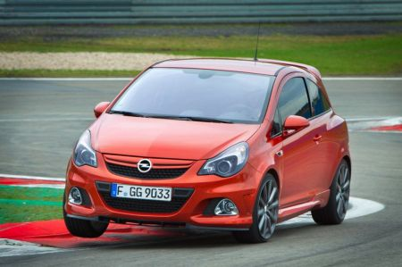galerie photo OPEL (D) 1.6 210 Turbo OPC Nurburgring Edition