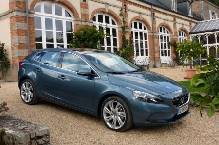 galerie photo VOLVO D4 177ch